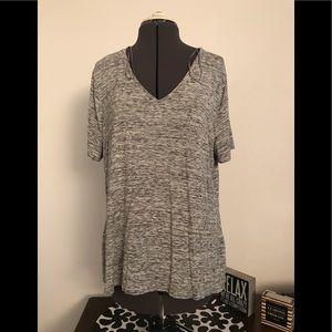 Apt 9 V neck T shirt size XL